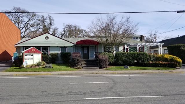 831 NE 7th Street, Grants Pass, OR 97526 (#2986441) :: Rocket Home Finder