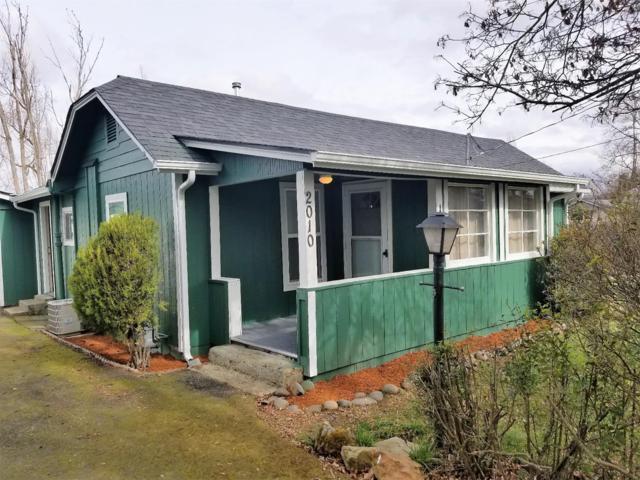 2010 Sunset Drive, Medford, OR 97501 (#2986466) :: Rocket Home Finder