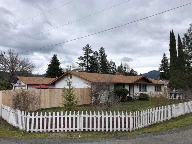 866 Bailey Drive, Grants Pass, OR 97527 (#2986544) :: Rocket Home Finder