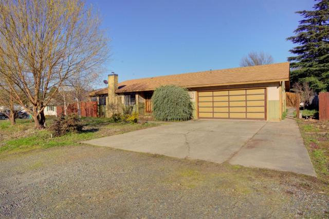 2133 Mayfield Drive, Grants Pass, OR 97527 (#2986693) :: Rocket Home Finder
