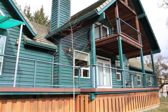 22620 Highway 62, Shady Cove, OR 97539 (#2986702) :: Rocket Home Finder