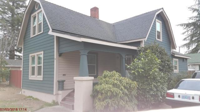 34 Cottage Street, Medford, OR 97504 (#2986725) :: Rocket Home Finder