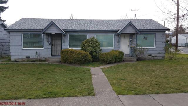 1049-1051 W 13th Street, Medford, OR 97501 (#2986727) :: Rocket Home Finder