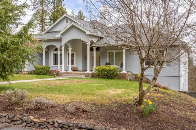 215 Surrey Drive, Jacksonville, OR 97530 (#2986804) :: Rocket Home Finder
