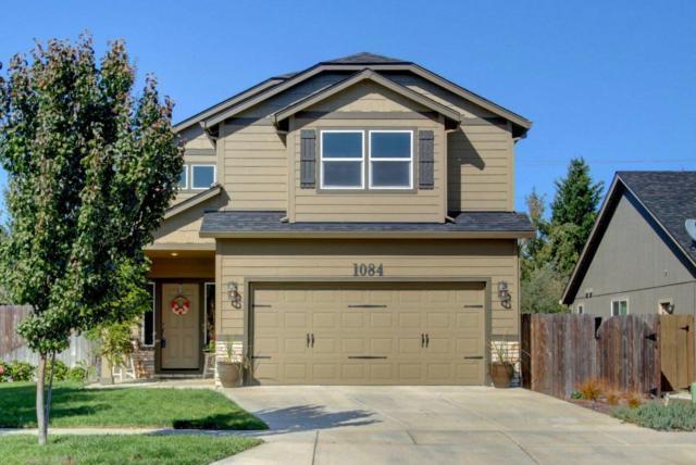 1084 Pendleton Drive, Medford, OR 97501 (#2986914) :: Rocket Home Finder