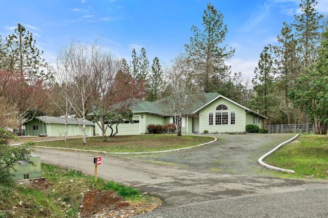 208 Spring Oak Way, Merlin, OR 97532 (#2986999) :: Rocket Home Finder