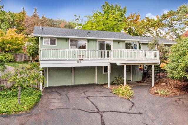 263 Terrace Street, Ashland, OR 97520 (#2987012) :: Rocket Home Finder