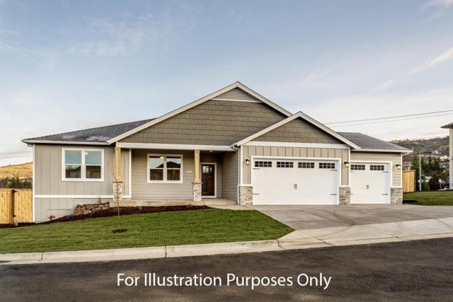 4783 Hathaway Drive, Medford, OR 97504 (#2987689) :: Rocket Home Finder