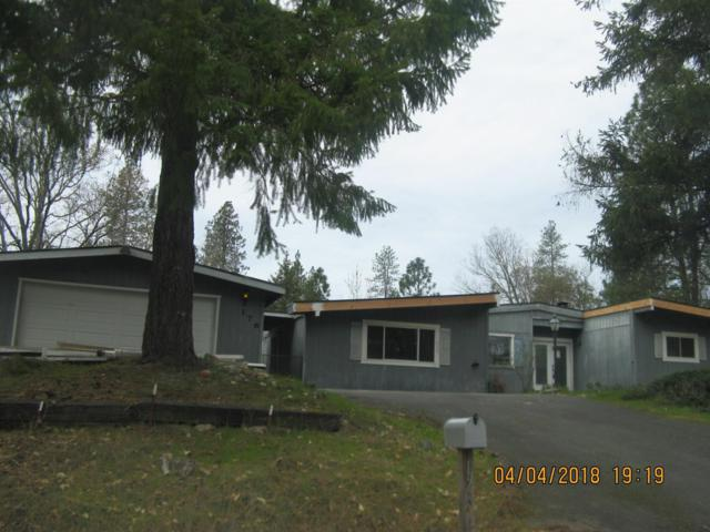 176 Chaparral Drive, Grants Pass, OR 97526 (#2987815) :: Rocket Home Finder