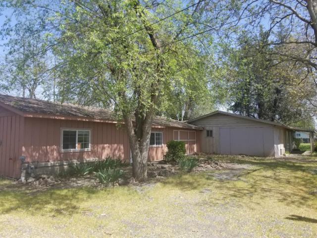 2225 Fowler Lane, Central Point, OR 97502 (#2988651) :: Rocket Home Finder