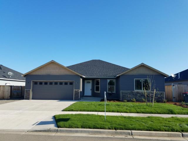 3235 Dearborn Lane, Medford, OR 97504 (#2988963) :: Rocket Home Finder