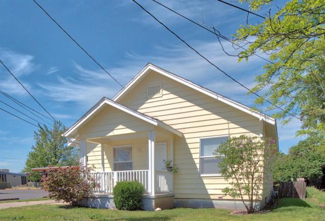 1043 Court Street, Medford, OR 97501 (#2989299) :: Rocket Home Finder