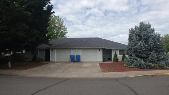153-155 Buchanan Avenue, Eagle Point, OR 97524 (#2989310) :: Rocket Home Finder