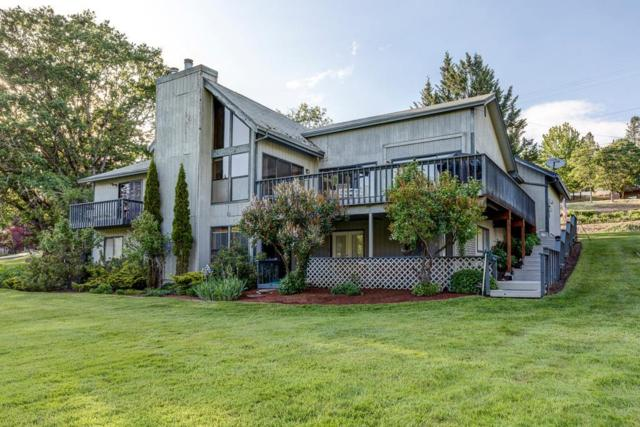 7506 Rogue River Drive, Shady Cove, OR 97539 (#2989329) :: Rocket Home Finder