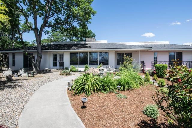 2671 Eastover Terrace, Medford, OR 97504 (#2989353) :: Rocket Home Finder