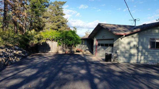 683 Vista Park Drive, Eagle Point, OR 97524 (#2989444) :: Rocket Home Finder