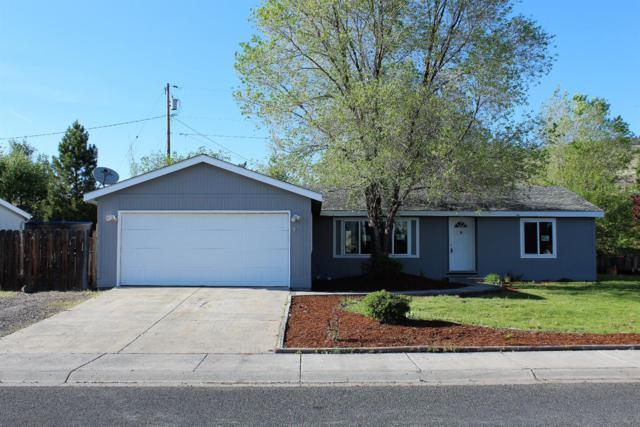 6215 Katie Lane, Klamath Falls, OR 97603 (#2989474) :: Rocket Home Finder