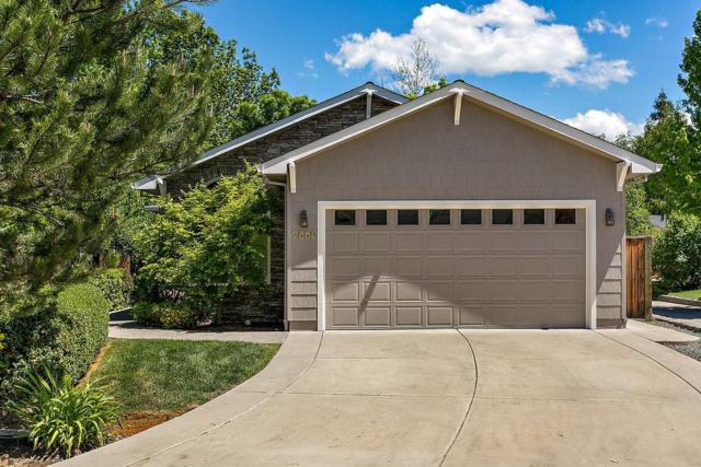 2559 Waters Edge Way, Medford, OR 97504 (#2989486) :: Rocket Home Finder