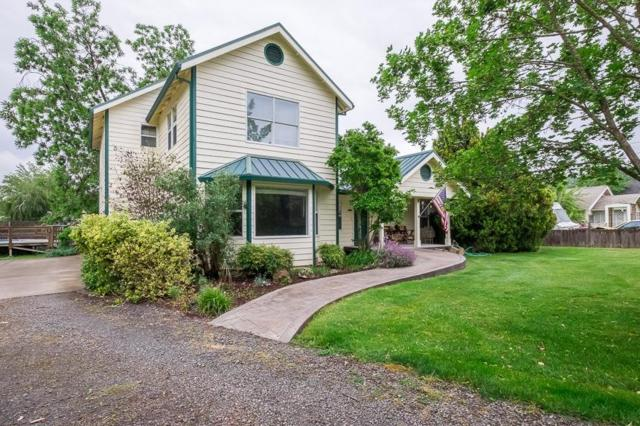 420 8th Street, Jacksonville, OR 97530 (#2989511) :: Rocket Home Finder
