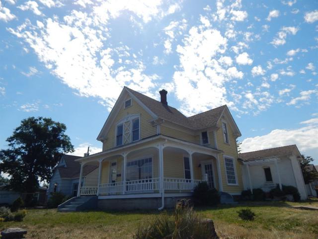 815 W Main Street, Medford, OR 97501 (#2989556) :: Rocket Home Finder