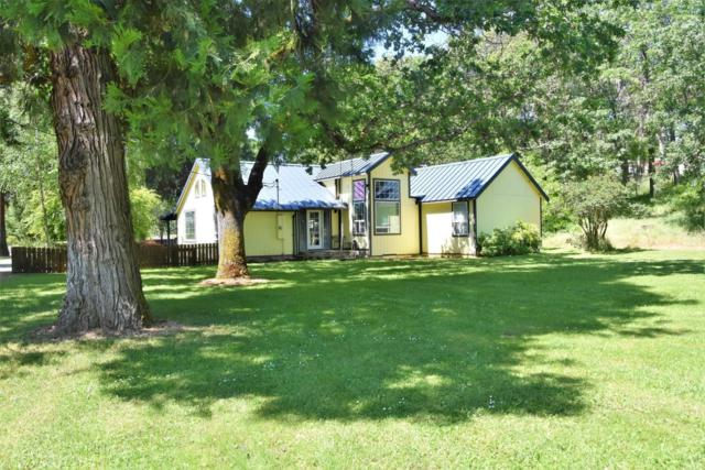 1670 Russell Road, Merlin, OR 97532 (#2989749) :: FORD REAL ESTATE