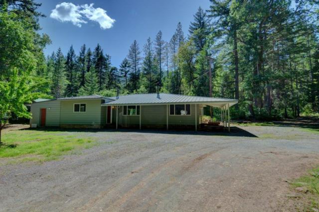 6899 W Evans Creek Road, Rogue River, OR 97537 (#2989804) :: FORD REAL ESTATE