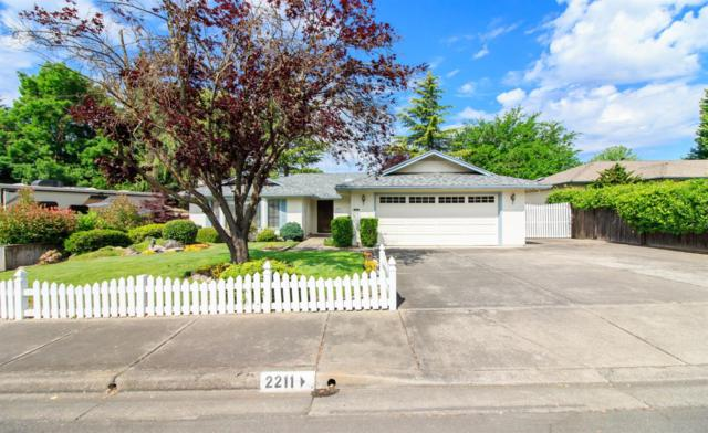 2211 Fairfield Drive, Medford, OR 97504 (#2990030) :: FORD REAL ESTATE