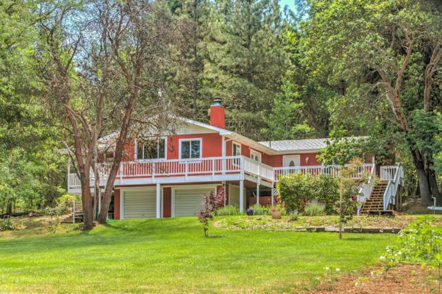 5907 Cloverlawn Drive, Grants Pass, OR 97527 (#2990781) :: FORD REAL ESTATE