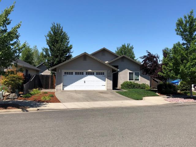 1432 George Tweed Boulevard, Grants Pass, OR 97527 (#2990940) :: FORD REAL ESTATE