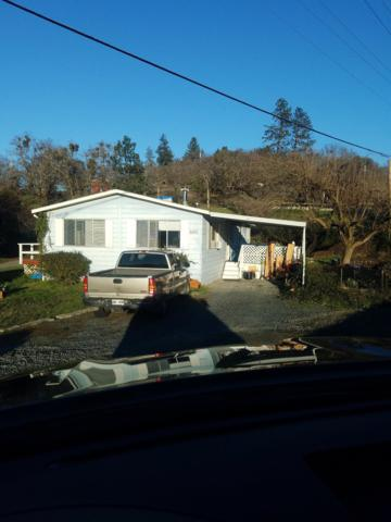 396-400 Grandview Lane, Grants Pass, OR 97527 (#2991080) :: FORD REAL ESTATE