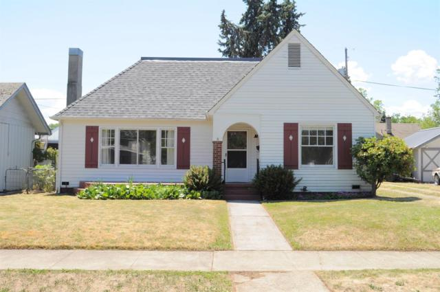 805 W 2nd Street, Medford, OR 97501 (#2991106) :: FORD REAL ESTATE