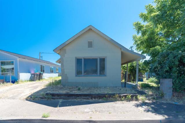 822 Cedar Street, Medford, OR 97501 (#2991546) :: FORD REAL ESTATE