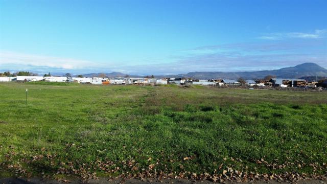 2803-2805TL Rainbow, Central Point, OR 97502 (#2991651) :: FORD REAL ESTATE