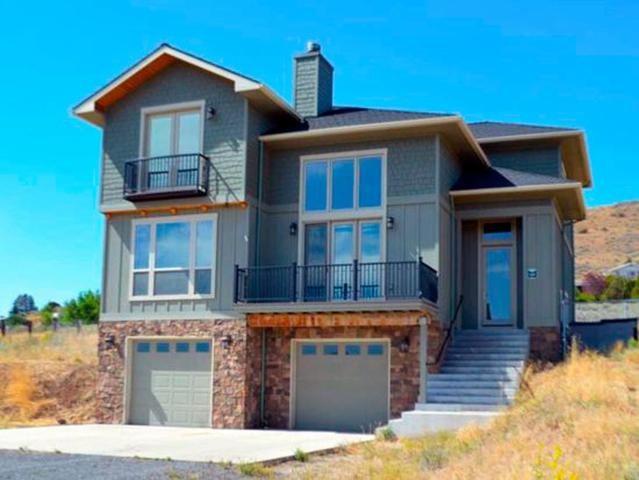 2436 Frontage Road, Klamath Falls, OR 97601 (#2991735) :: Rocket Home Finder
