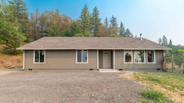 7552 Torrey Pines Terrace, Eagle Point, OR 97524 (#2991814) :: Rocket Home Finder