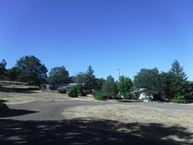 4825 Butte Falls Highway, Eagle Point, OR 97524 (#2991853) :: Rocket Home Finder