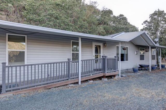 584 Hodson Road, Gold Hill, OR 97525 (#2991934) :: Rocket Home Finder