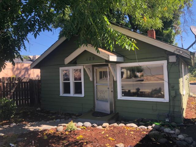 129 S Main Street, Phoenix, OR 97535 (#2992035) :: Rocket Home Finder