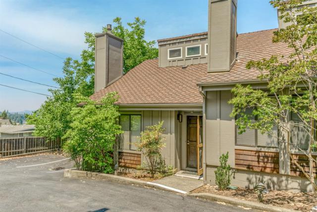 327 Ravenwood Place, Ashland, OR 97520 (#2992119) :: Rocket Home Finder