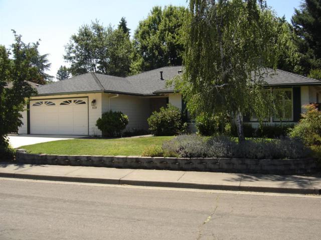 839 Woodbridge Drive, Medford, OR 97504 (#2992128) :: Rocket Home Finder