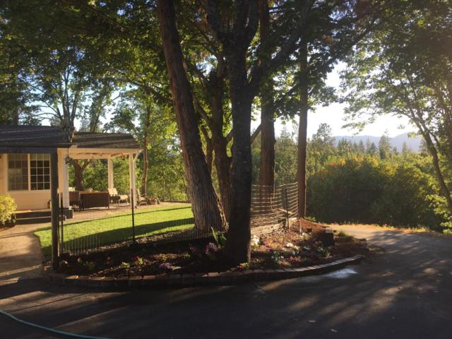 434 Robertson Bridge Road, Grants Pass, OR 97526 (#2992148) :: Rocket Home Finder