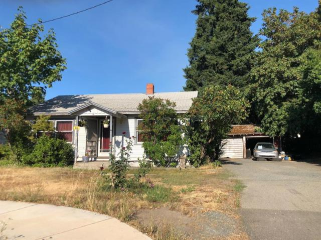 755 Lincoln Road, Grants Pass, OR 97526 (#2992199) :: Rocket Home Finder