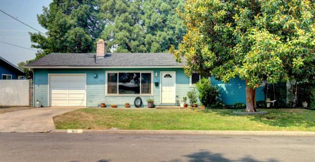 911 Comet Avenue, Central Point, OR 97502 (#2992227) :: Rocket Home Finder