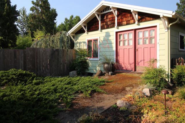 597 Benson Way, Ashland, OR 97520 (#2992230) :: Rocket Home Finder