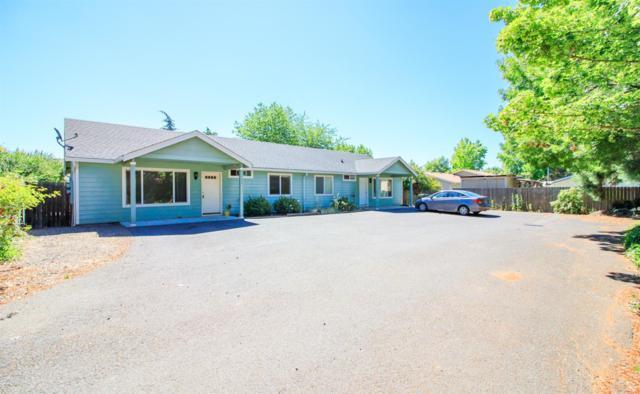555 Linn Road, Eagle Point, OR 97524 (#2992232) :: Rocket Home Finder
