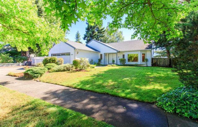 1467 La Loma Drive, Medford, OR 97504 (#2992236) :: Rocket Home Finder