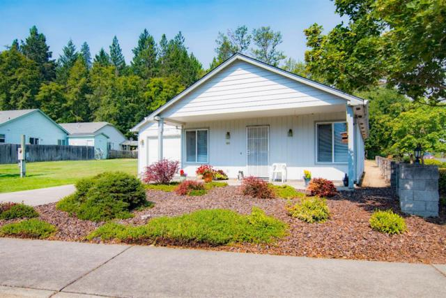 800 Bower Lane, Grants Pass, OR 97527 (#2992246) :: Rocket Home Finder