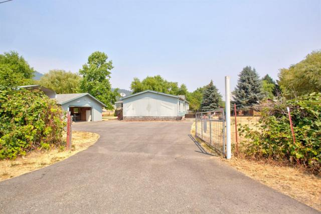 595 W Evans Creek Road, Rogue River, OR 97537 (#2992344) :: Rocket Home Finder