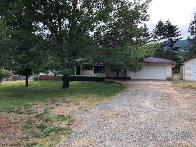 151 Village Lane, Grants Pass, OR 97527 (#2992615) :: Rocket Home Finder