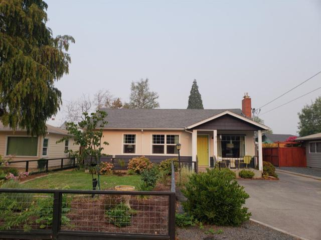 410 NE Dean Drive, Grants Pass, OR 97526 (#2992803) :: Rocket Home Finder